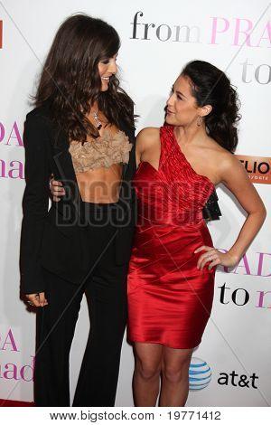 LOS ANGELES - JAN 18:  Camilla Belle; Alexa Vega arrives at