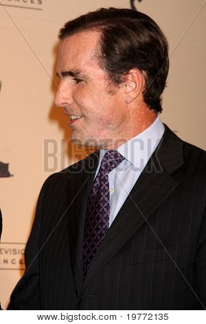 LOS ANGELES - JAN 20:  Bob Woodruff arrives at the ATASHall of Fame Committe's 20th Annual Induction Gala at Beverly HIlls Hotel on January 20, 2011 in Beverly Hills, CA