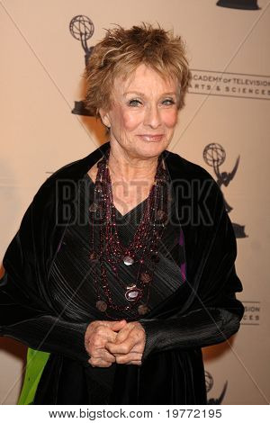 BEVERLY HILLS - JAN 20:  Cloris Leachman arrives at the ATAS Hall of Fame Committee's 20th Annual Induction Gala at Beverly Hills Hotel on January 20, 2011 in Beverly Hills, CA