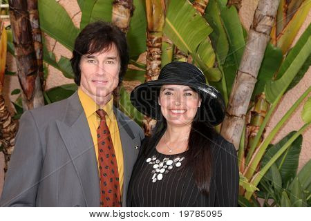 LOS ANGELES - FEB 20:  Ronn Moss, Devin DeVasquez arrives at the 2011 Catholics in Media Associates Award Brunch  at Beverly HIlls Hotel on February 20, 2011 in Beverly Hills, CA
