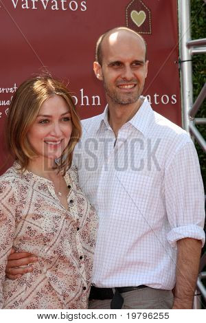 LOS ANGELES - MAR 13:  Sasha Alexander, Edoardo Ponti arriving at the John Varvatos 8th Annual Stuart House Benefit at John Varvaots Store on March 13, 2011 in Los Angeles, CA