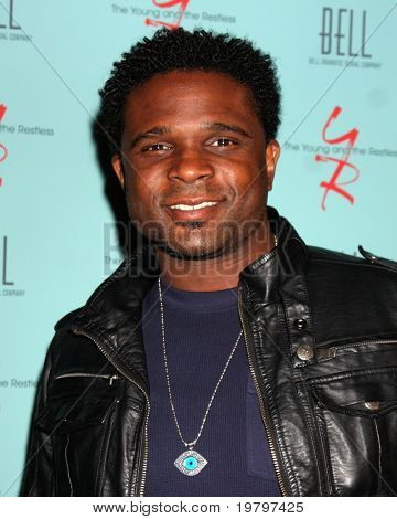 LOS ANGELES - MAR 18:  Darius McCrary arriving at The Young & the Restless 38th Anniversary Party Hosted by The Bell Family at Avalon Hotel on March 18, 2011 in Beverly HIlls, CA