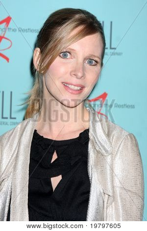 LOS ANGELES - MAR 18:  Lauralee Bell arriving at The Young & the Restless 38th Anniversary Party Hosted by The Bell Family at Avalon Hotel on March 18, 2011 in Beverly HIlls, CA