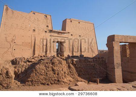 The Horus Temple ( Edfu, Egypt )