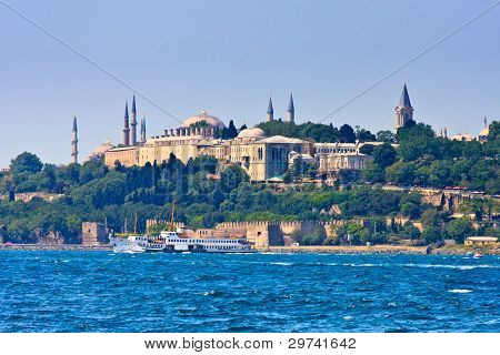 Istanbul Topkapi Palace On The Golden Horn, Turkey