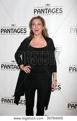 LOS ANGELES - DEC 4:  Elaine Hendrix arrives to