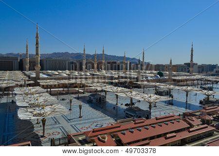 prophet Mosque in Medina at noon