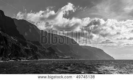Napali Coast In Black And White
