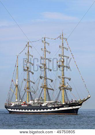 Sailing ship 02