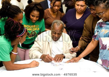 Actor Danny Glover Signing Autographs