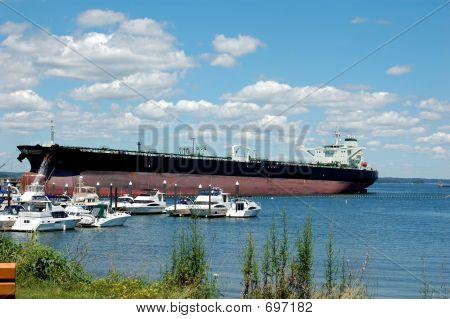 navio-tanque