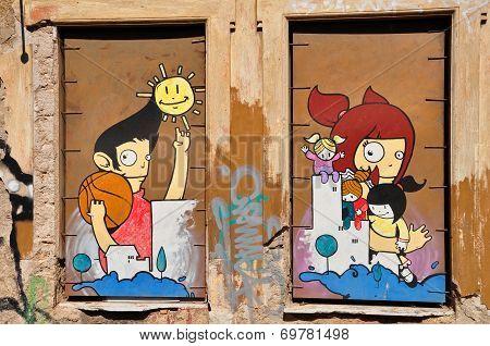 Happy Cartoon Figures Graffiti
