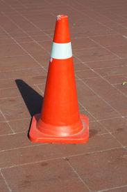 picture of cone  - Traffic cones - JPG