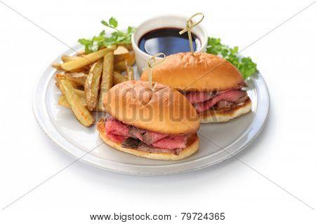 french dip sandwich, roast beef au jus, american cuisine
