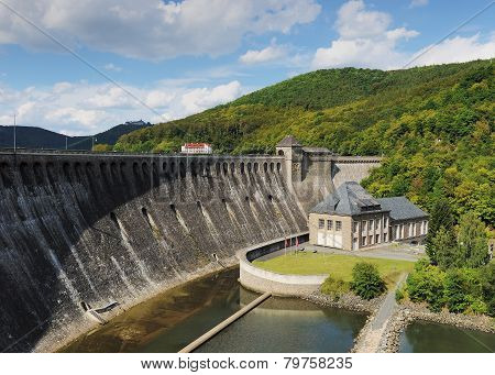 Dam of the Edersee with hydro electric power plant and castle waldeck