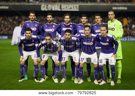 VALENCIA, SPAIN - JANUARY 4: Espanyol players during Spanish King Cup match between Valencia CF and RCD Espanyol at Mestalla Stadium on January 4, 2015 in Valencia, Spain
