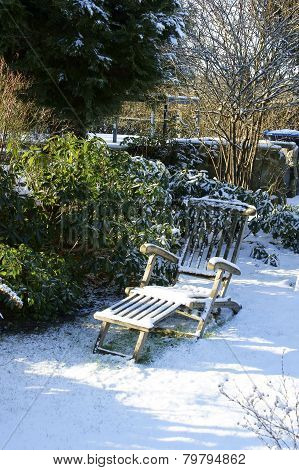 Snowy Garden chair