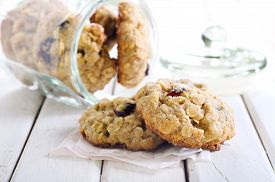foto of oats  - Oat cranberry wholemeal cookies with white chocolate - JPG