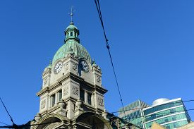 foto of edwardian  - Vancouver Old Post Office at West Hastings Street and Granville Street - JPG