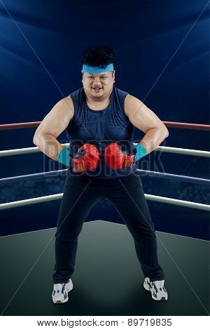 Strong Man Ready To Boxing 1