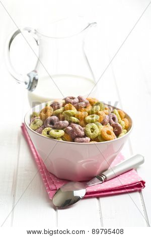 the colorful cereal rings in bowl