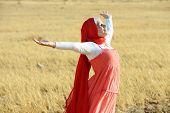 picture of muslim kids  - Muslim girl enjoying in nature - JPG