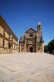 image of chapels  - The Sacred Chapel of El Salvador  - JPG