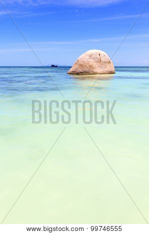 Asia In The  Kho Tao Bay Isle White  Beach    Rocks House Boat   Sea