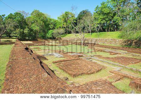 View to the ancient buildings ruins in Sigiriya, Sri Lanka.