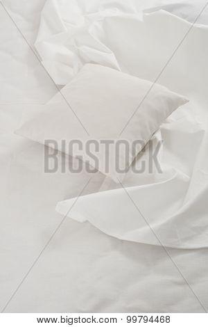 white linen cloth