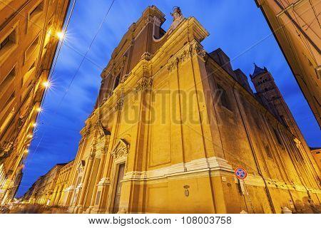 Metropolitan Cathedral Di San Pietro