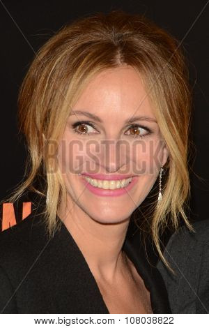 LOS ANGELES - NOV 11:  Julia Roberts at the