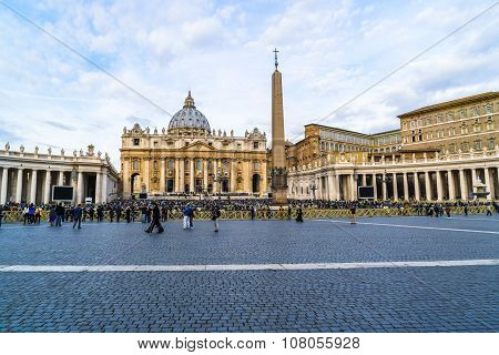 Saint Peters Basilica On Sunday