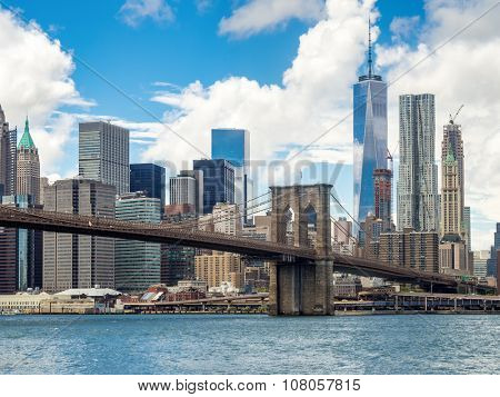 The Brooklyn Bridge and the Lower Manhattan skyline in New York City