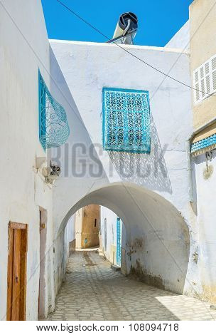 The Passage In Medina