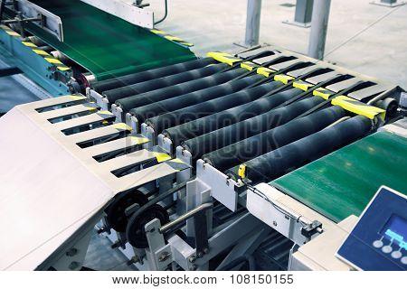 packaging line conveyor