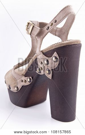 Women's High-heeled Shoes In A Country Style..
