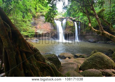 Heo Suwat Waterfall