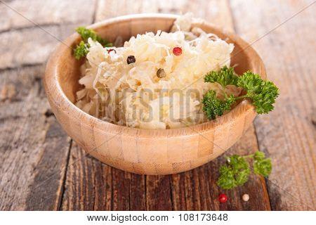 cabbage,sauerkraut