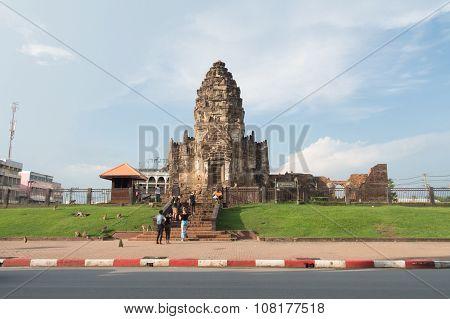 Phra Prang Sam Yod,religious Ancient Khmer