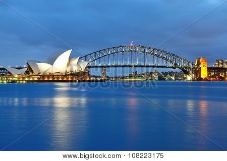 The Sydney Opera House and the iconic bridge
