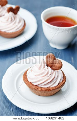 Chocolate Tartlets With Berry Cream Cheese Frosting