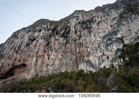 Barren Mountain