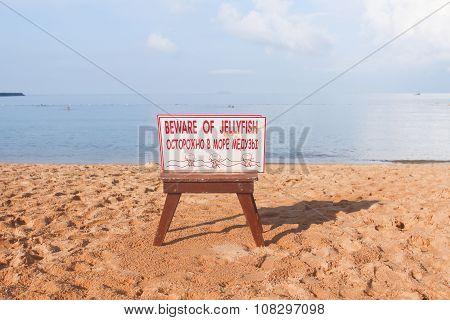 Beware Jellyfish sign