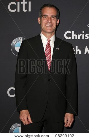 LOS ANGELES - NOV 14:  Eric Garcetti at the The Grove Christmas with Seth MacFarlane 2015 at the The Grove on November 14, 2015 in Los Angeles, CA