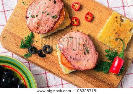 Toast With Ham