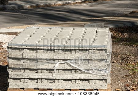 Paving slabs stacked on pallet