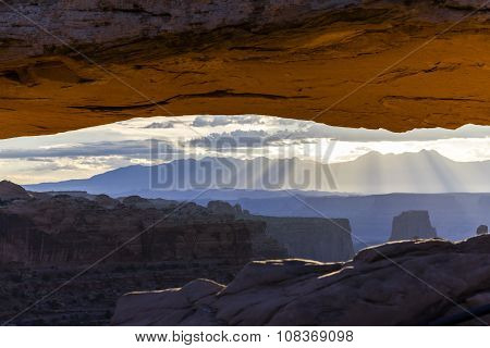 Views of Canyonlands National Park, Mesa Arch