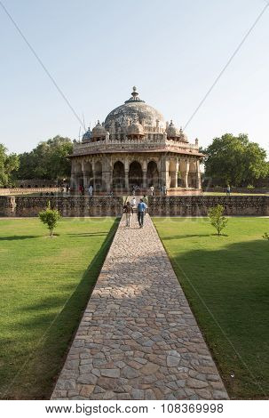 Isa Khan Tomb Enclosure, Delhi, India