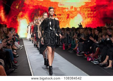 ZAGREB, CROATIA - OCTOBER 31, 2015: Fashion models wearing clothes designed by Ana Maria Ricov on the 'Fashion.hr' fashion show